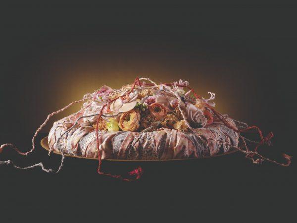 Floos Collection Wedding Fowers internationaal platform trouwfeesten juwelen tafeldecoratie floristen werkbeschrijving techniek video foto uitleg informatie thema huwelijk bruid decoratie ceremonie huwelijksfeest aankleding inrichting interieur bloemen bloemencreaties florist bloemist boek inspiratie bloemstukken Fleur Creatief Fleur Magazine