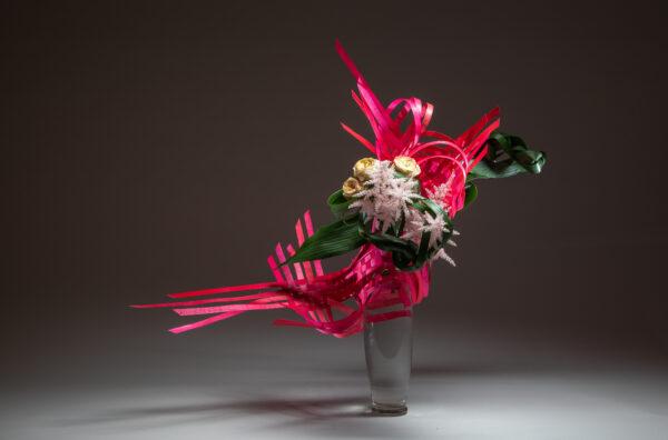 Nieuw in de FLEURSHOP: Inspiring Ikebana van de wereldberoemde ikebana-kunstenaar Ilse Beunen.